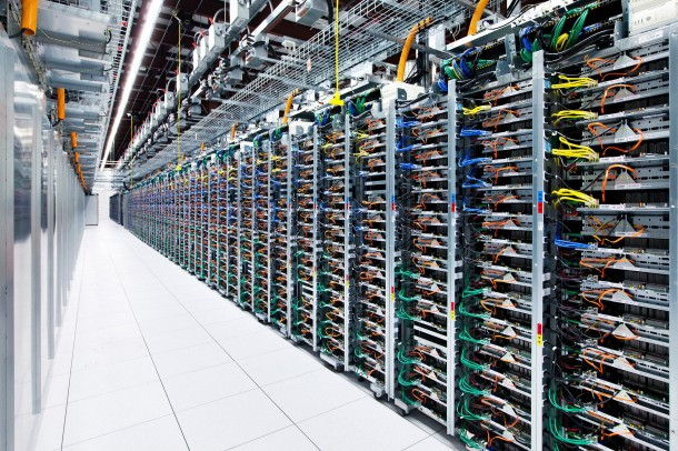 Take-a-Look-–-Google-Data-Centre-11-610x406