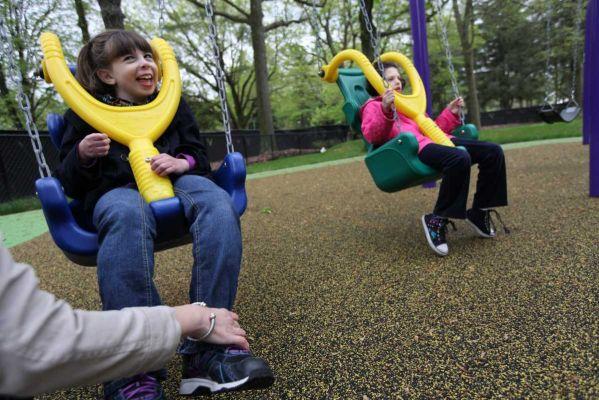 Engelli Çocuklar İçin Oyun Parkları