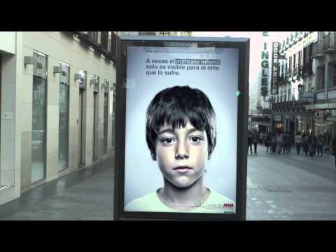 Sadece Çocuklara Görünen Reklam Panoları