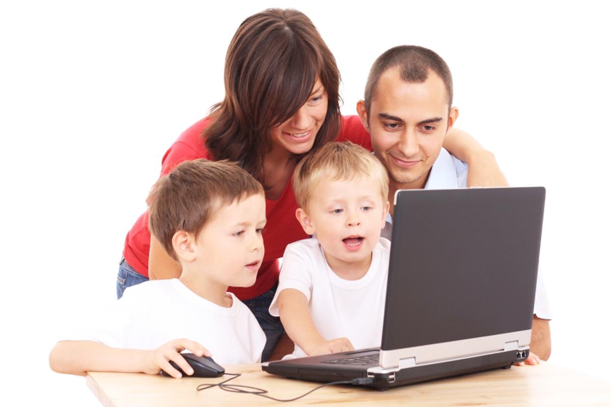 İnternetin Güvenli Kullanımı İçin Anne-Babalara Öneriler