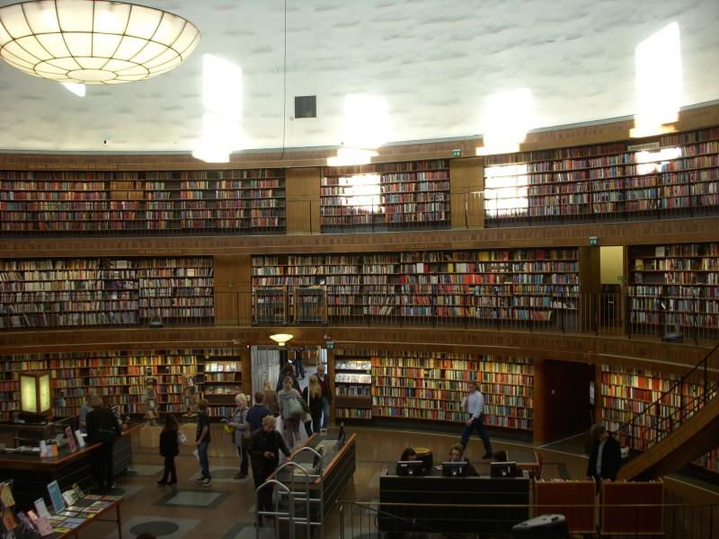 egitimteknolojinet_Stockholm_merkez_kütüphane (2)