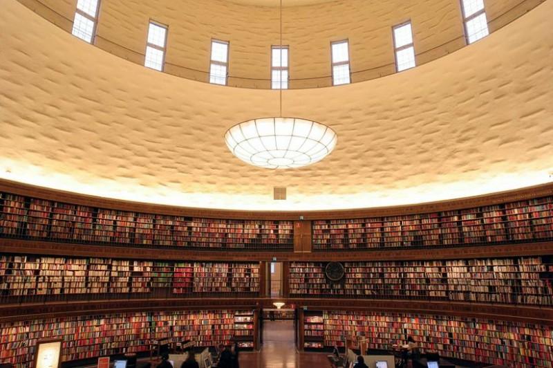 egitimteknolojinet_Stockholm_merkez_kütüphane (4)