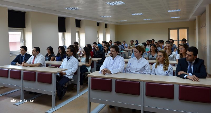 Eğitim Fakültelerinde Eğitim Yöneticiliği Dersleri Olmalı