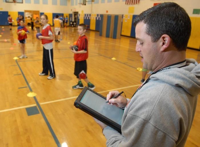 Hangi Okulun Öğretmenlerine Tablet Verilecek